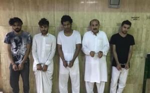 القبض على خمسة باكستانيين نفذوا 45 عملية سرقة بمنفوحة