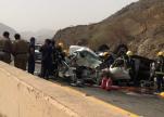 مصرع وإصابة 7 أشخاص في حادث تصادم بالعرضيات