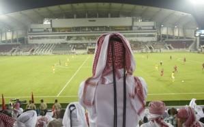 قطر تواجه مأزق جديد بشأن استضافة كأس العالم.. وتستعين بهذه الدولة!