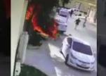 فيديو.. بطولة شاب تنقذ سيارة من الاحتراق بالخرج.. وهكذا منع الكارثة!