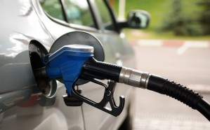 التجارة تتوعد الممتنعين عن بيع الوقود