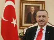 أردوغان يقاطع أحد منتقديه ويغادر مراسم قضائية