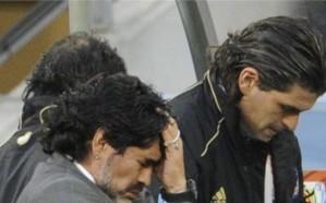 القبض على مارادونا بتهمة التزوير