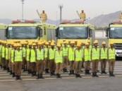 (صورة) لرجال الدفاع المدني بعد سيطرتهم على حريق تنال إعجاب المغردين