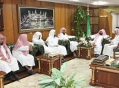 (السديس) يجتمع بأئمة، وخطباء المسجد الحرام.
