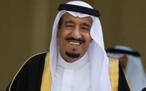 الملك سلمان مغرداً: نسعد باجتماع الأشقاء في قمة الظهران