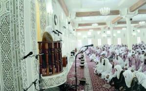 """""""الشؤون الإسلامية"""" توقف إمام مسجد تحدث عن شقيقه المقتول في خطبة الجمعة بالباحة"""