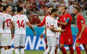 انجلترا تنجو من فخ تونس