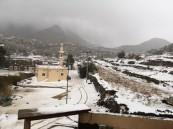 فيديو وصور.. ثلوج غير مسبوقة على محافظة ميسان