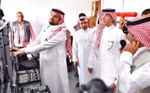 وزير الإعلام يقف على استعدادات الوزارة لموسم حج