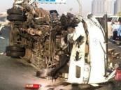 وفاة 13 شخصا وإصابة 16 آخرين في حادث مروري بدبي
