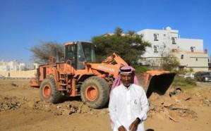 فيديو.. حملة لإزالة مخلفات البناء في خميس مشيط