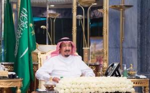 الملك يأمر بتوفير 300 ألف نسخة من المصحف الشريف في الحرمين