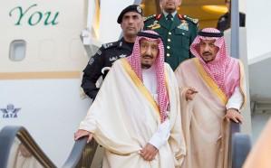 خادم الحرمين يصل الرياض قادمًا من حائل