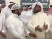 فيديو.. شاب يتفاعل مع رقصة الدحة بطريقة طريفة
