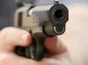 """الإطاحة بمتهم هدد موظفاً بـ """"مسدس"""" في الأحساء"""