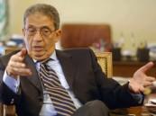 عمرو موسى يكذب الإعلام الإيراني ويفضح فبركته وتزويره ضد المملكة