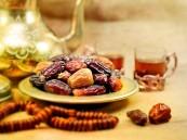 الصحة : التمر أفضل ما يستفتح به الإفطار في رمضان