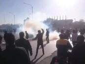 فيديو.. متظاهر إيراني لحظة اعتقاله: ماذا قلت؟ لأني جوعان اتركوني