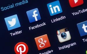 """عطل مفاجئ يضرب """"فيسبوك"""" و""""واتساب"""" و""""انستجرام"""""""