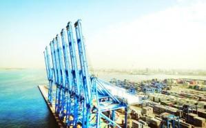 ميناء جدة يناول 5 ملايين طن من البضائع و424 ألف حاوية