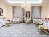 أمير مكة يستقبل وزير الحج