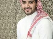 كاتب (أقوم قيلاً): تدريس القرآن لدينا (تبّع وسمِّع).. واهتمامي بالأديان بدأ في سن مبكرة