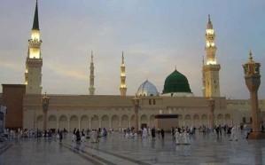 إمام المسجد النبوي للحجاج: فليكن حجكم حاجزاً لكم عن مواقع الهلكة