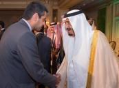 بالصور.. الأمير سلمان يلتقي المبتعثين في فرنسا.. ويقدم مكافأة مالية