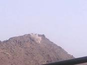 """مقاومة""""كرش"""" تدك مواقع الحوثين شمال لحج باليمن"""