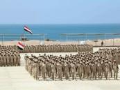بحاح يحضر حفل تخرج دفعة جديدة من نواة الجيش الوطني اليمني