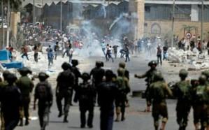 إصابة فلسطيني بجراح خطيرة بعد طعنه جنديًا على حاجز شمال البيرة