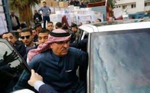 """""""الهيل"""" يعلق على ضرب مندوب تميم بالأحذية في غزة .. ويكشف مفاجأة"""