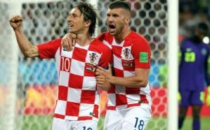 لفتة مثيرة لمهاجم منتخب كرواتيا تجاه سكان قريته