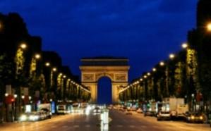 سفارة المملكة في فرنسا تحذر من الذهاب لمنطقة الشانزيليزيه