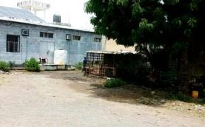 مليشيا الحوثي تحول مصحة نفسية إلى ثكنة عسكرية وتحتجز الكوادر الطبية