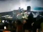 """فيديو مرعب.. ابتلاع """"تسونامي"""" لحفل موسيقي راقص"""