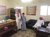 مدرسة العرائف تستقبل طلابها بالهدايا