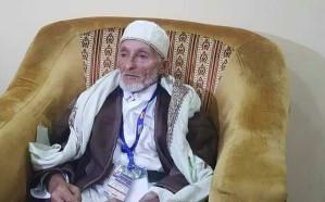 هربت زوجته من الحوثيين إلى المملكة وحين أتى للحج كانت المفاجأة!