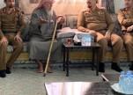"""مدير مدني عسير ينقل تعازي وزير الداخلية لأسرة """"القحطاني"""""""