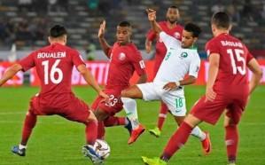قطر تحسم صدارة المجموعة بالفوز على الأخضر