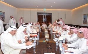 الأمير عبدالعزيز الفيصل يجتمع برؤساء الأندية
