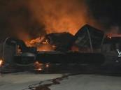 شاهد.. اندلاع حريق في 4 صهاريج بترولية بجدة