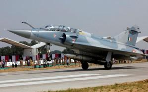 باكستان تعلن إسقاط طائرتين هنديتين وأسر طيار