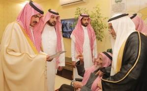 نائب أمير مكة يتفقد محافظة ميسان ويزور مشايخ القبائل