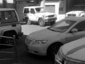 سيارة مسرعة تقتحم نقطة تفتيش في حائل وتقتل رجل أمن دهسًا