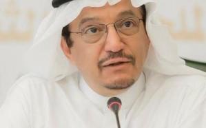 وزير التعليم يوجه بتعديل التقويم الدراسي للمعلمين والإداريين