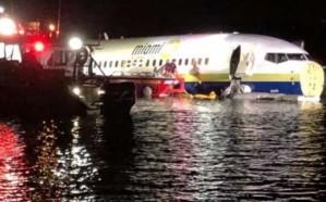هبوط طائرة اضطراريًا في نهر بولاية فلوريدا