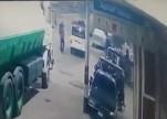 شاهد.. لحظة دهس مهندس زراعي بسيارة يقودها طفل مصري
