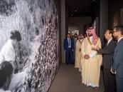 ولي العهد يزور متحف هيروشيما التذكاري للسلام
